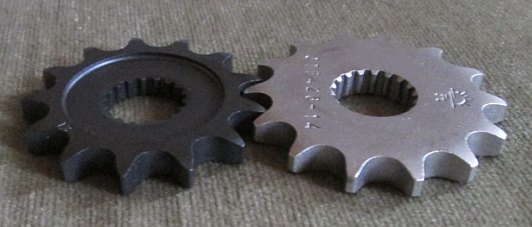 Keeway and generic sprockets side by side.