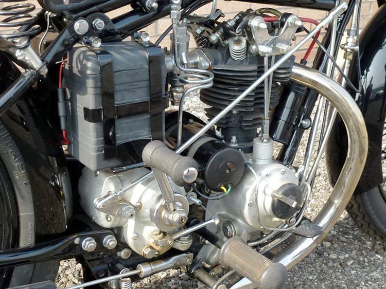 radial 4 valve Rudge