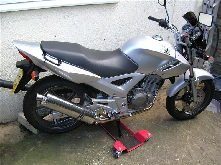 2008 CBF 250