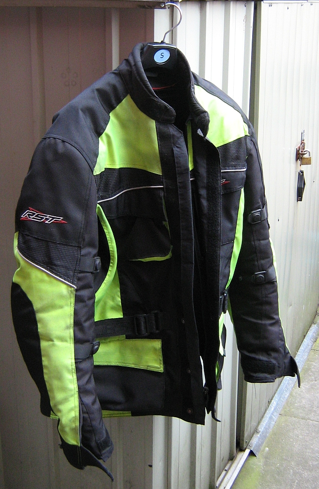 Bike Gear Reviews Long Term Review Of The Rst Alpha Textile Jacket