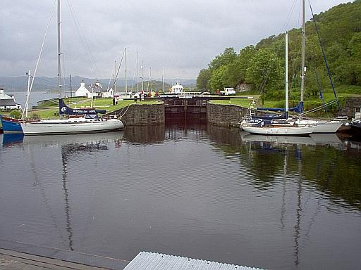 Crinan Locks that open to the sea