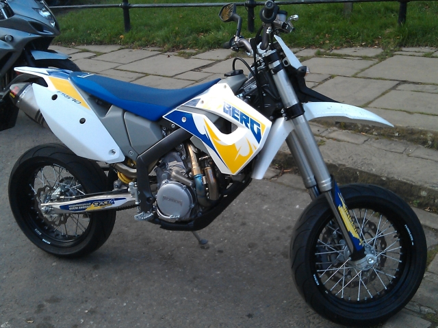 husaberg fs570 supermotord motorcycle in white, blue and yellow