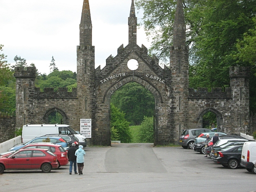 The Entrance to Taymouth Castle on the A827