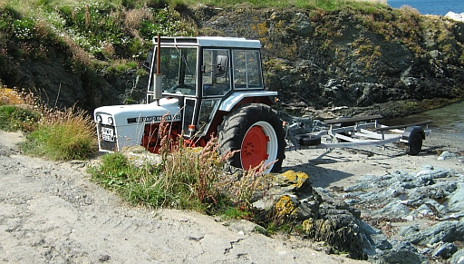 Tractor for the boats, porth colman