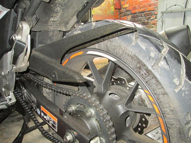 The rear wheel of the CB500X is almost ready to be removed