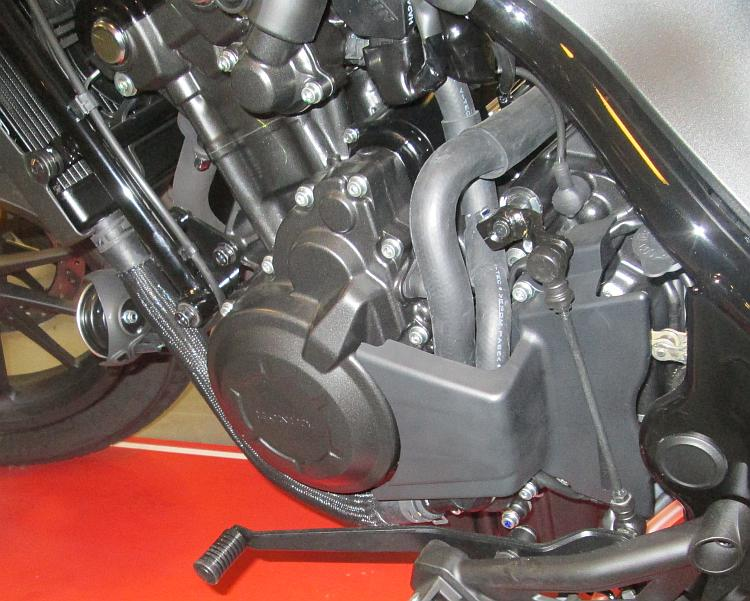 The CMX 500 engine is the same as the CB500X, CB500F and CBR500