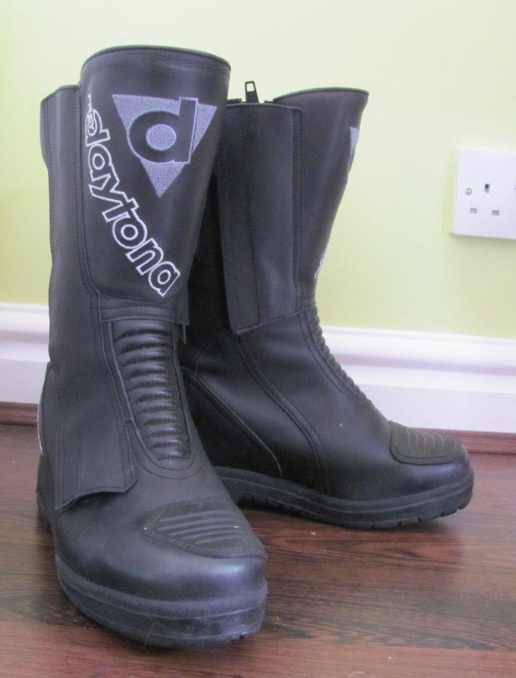Sharon's new to her Ladystart Boots