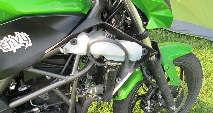 Sharon's Kawasaki now has the fan removed for her to tinker with