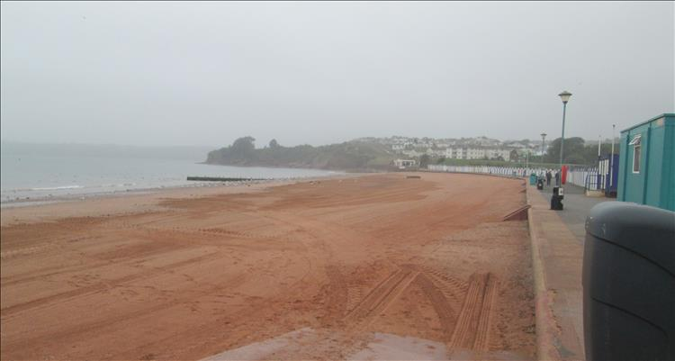 Orange sands at goodrington beach yet the weather takes off the shine
