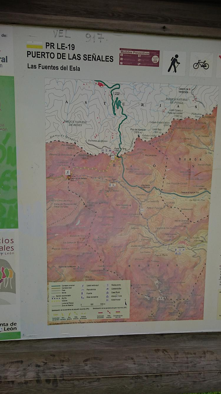 The map on the public information board at the top of the pass