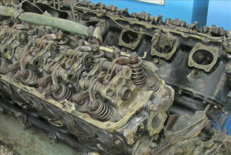 A world war 2 era 4 valve sohc engine