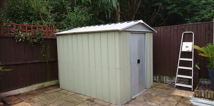 A smaller shed, the old shed where Sharon's 125 and then 250 had been living