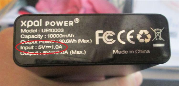 The input on Ren's power bank show 1 amp at 5 volts.