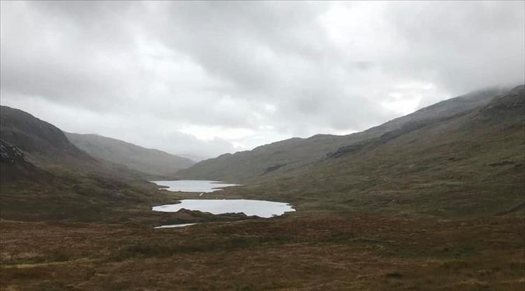 Bleak grey skies, hardy moors and 2 small lonesome lochs