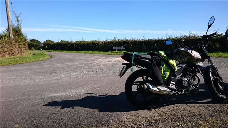 Sharon's 125 in the countryside and sunshine on a short ride out