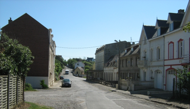 a quiet empty street in ambleteuse