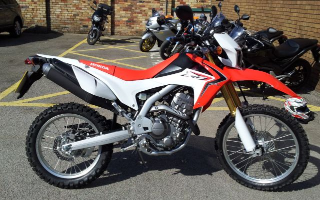 test ride review of the crf 250 l by ren withnell. Black Bedroom Furniture Sets. Home Design Ideas
