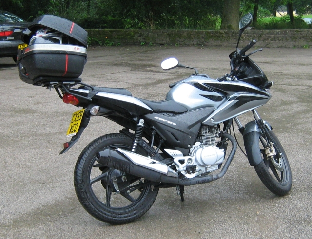 cbf 125 with top box and in silver