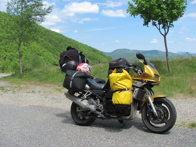 yamaha fzs 600 fazer fully kitted up for touring on hill near millau