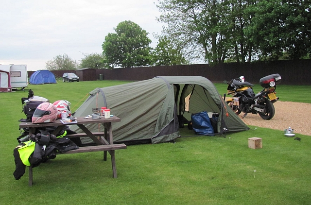 vango equinox 350 pitched at the travellers rest cambrige