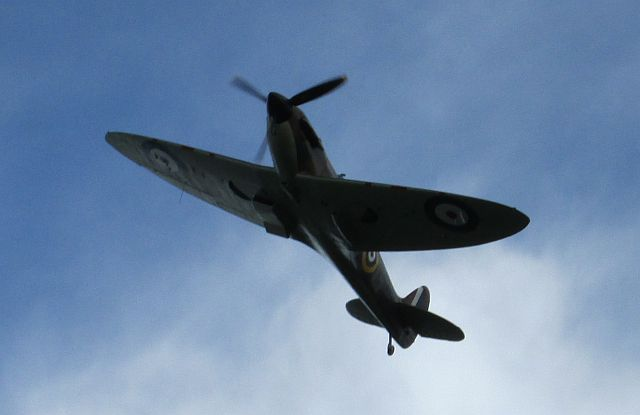 spitfire plane from underneath