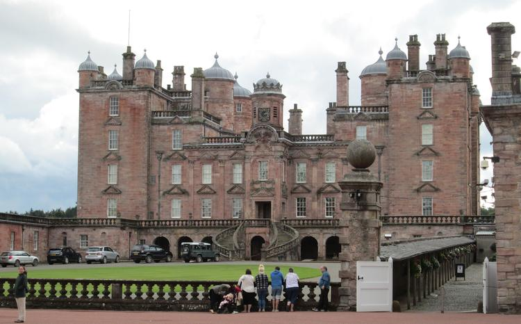 Drumlanrig Castle that looks more like a large ornate stately home