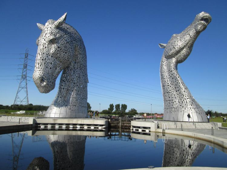 The Kelpies. 2 massive horse heads in steel, one looking up, one looking down