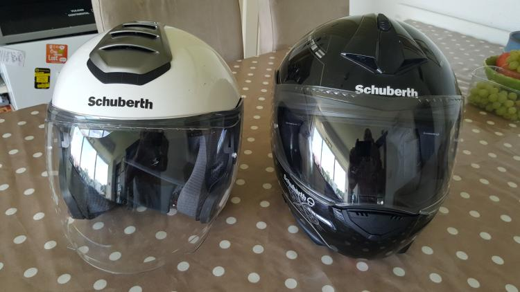 The C3 sits next to Pete's wifes M1 Schuberth helmet